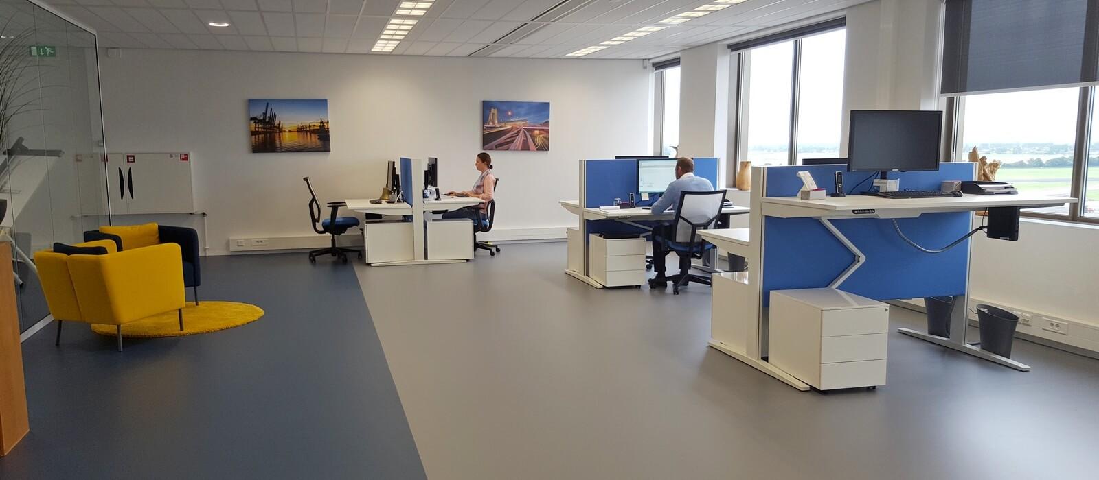 Chain Rotterdam kantoorinrichting Perla 01