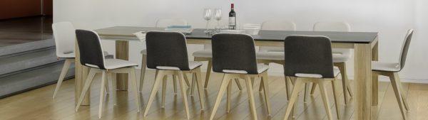 Mobitec Pamp stoel met houten frame